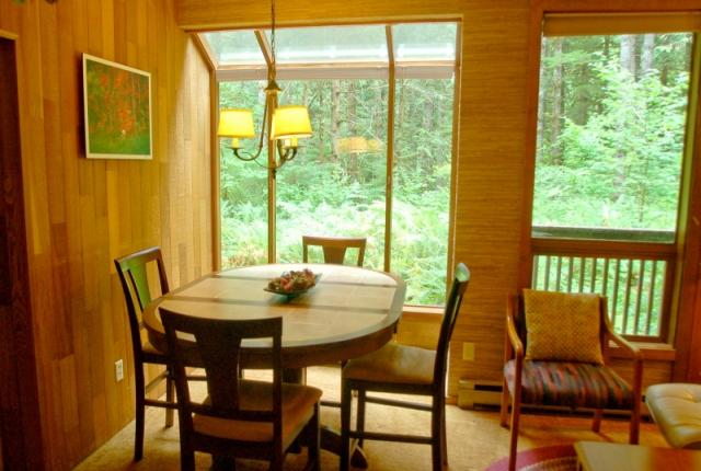 Mt. Baker Lodging Condo #84 – SAUNA, FIREPLACE, DISHWASHER, W/D, SLEEPS-6! photo 60819