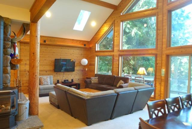 Mt. Baker Lodging Cabin #7 – LAKEFRONT, HOT TUB, BBQ, SLEEPS-10! photo 59282
