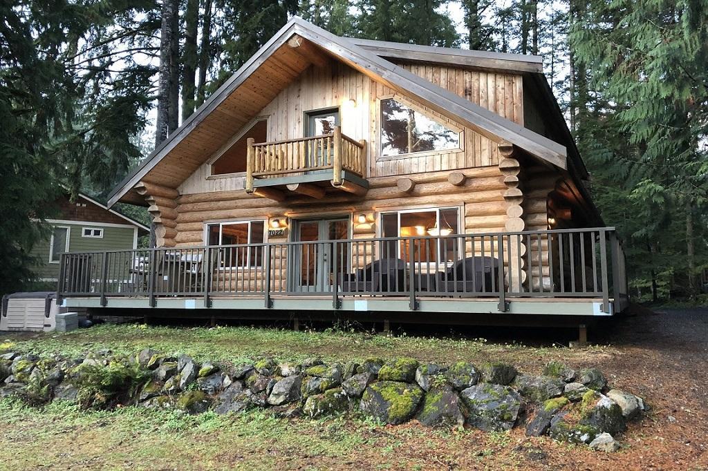 Apartment Mt  Baker Lodging Cabin  33  ndash  FAMILY FUN  WIFI  HOT TUB  SLEEPS 8  photo 21417537