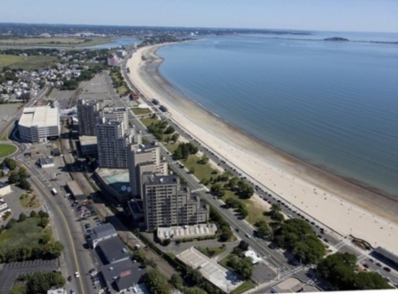 Apartment LUXURY BEACH SIDE FLAT SAVE     BOSTON STAY  3 photo 5836258