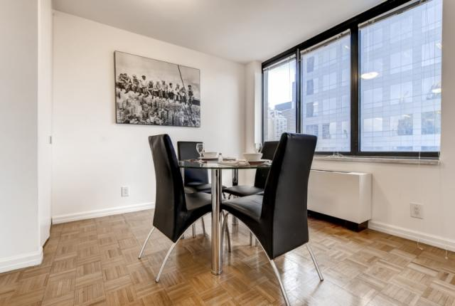 Luxury Suites at Theater District-2 bdrm photo 52816