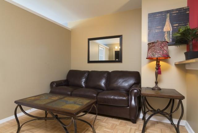 Luxurious Midtown vacation rental apartment with modern furniture. photo 51374