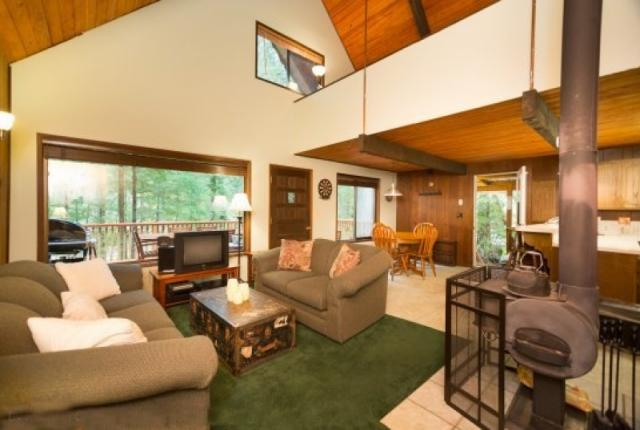 Mt. Baker Lodging Cabin #98 – HOT TUB, BBQ, PETS OK, WASHER/DRYER, SLEEPS-6! photo 61008