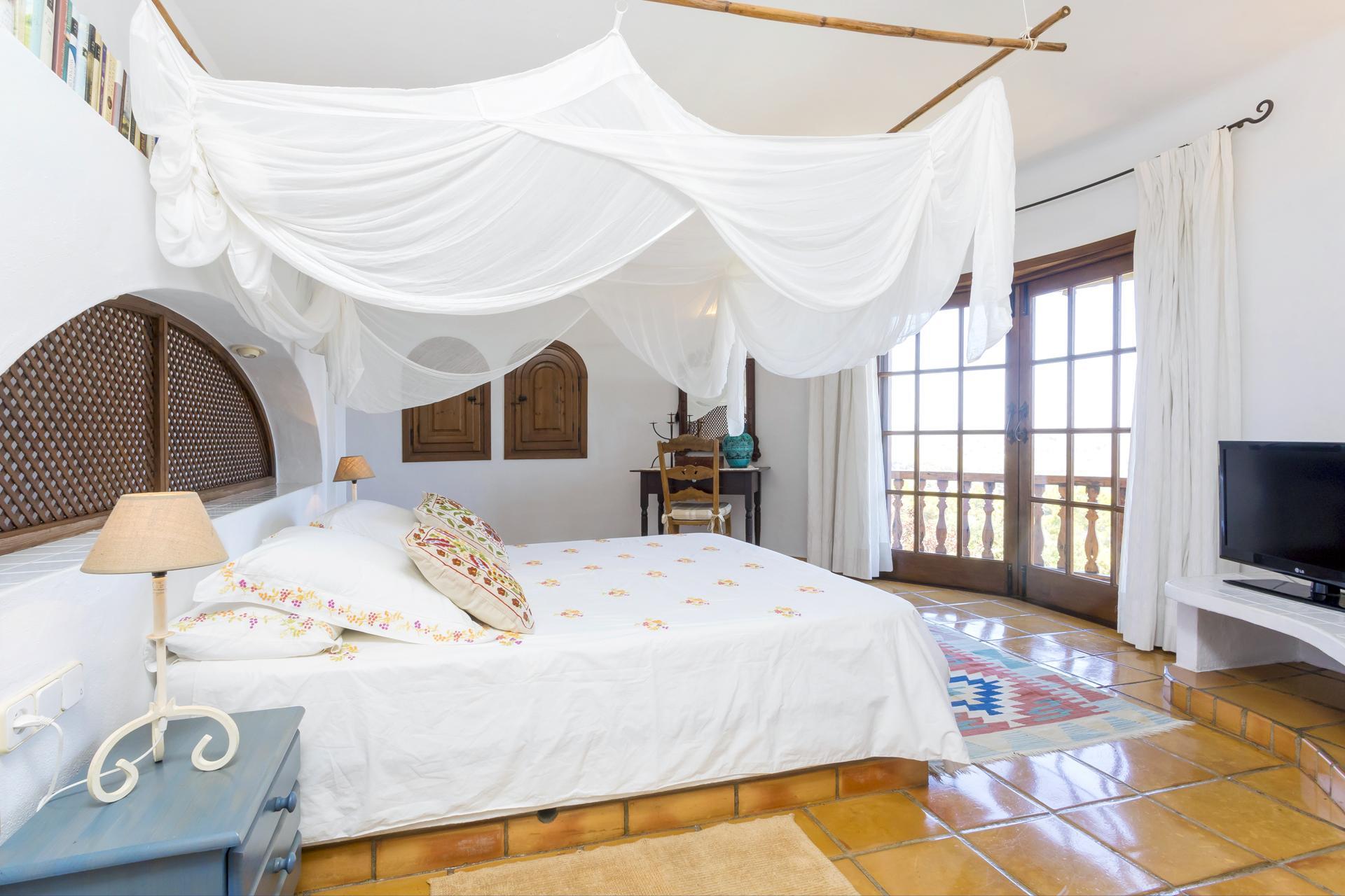 Apartment Villa Cas Berris  Lujo y Vista mar en Es Cubells photo 17428578