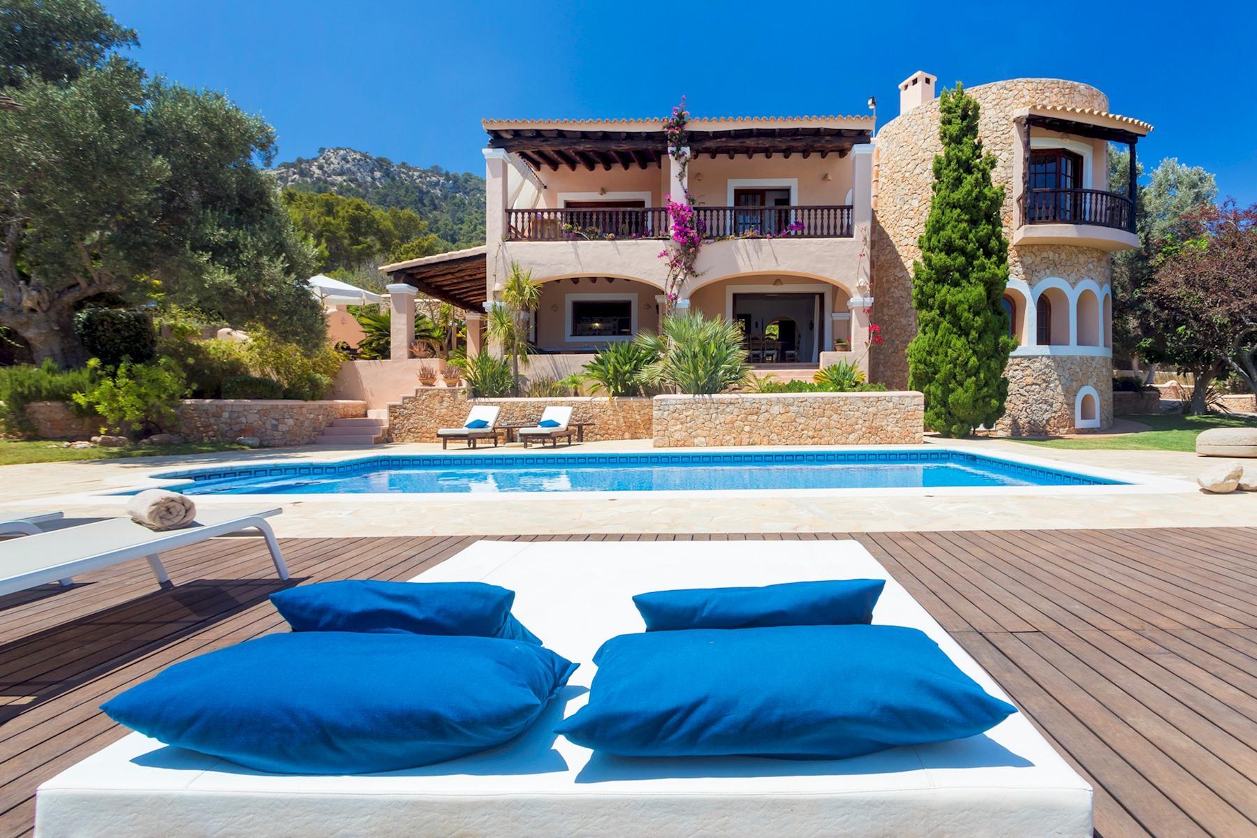 Apartment Villa Cas Berris  Lujo y Vista mar en Es Cubells photo 17812536