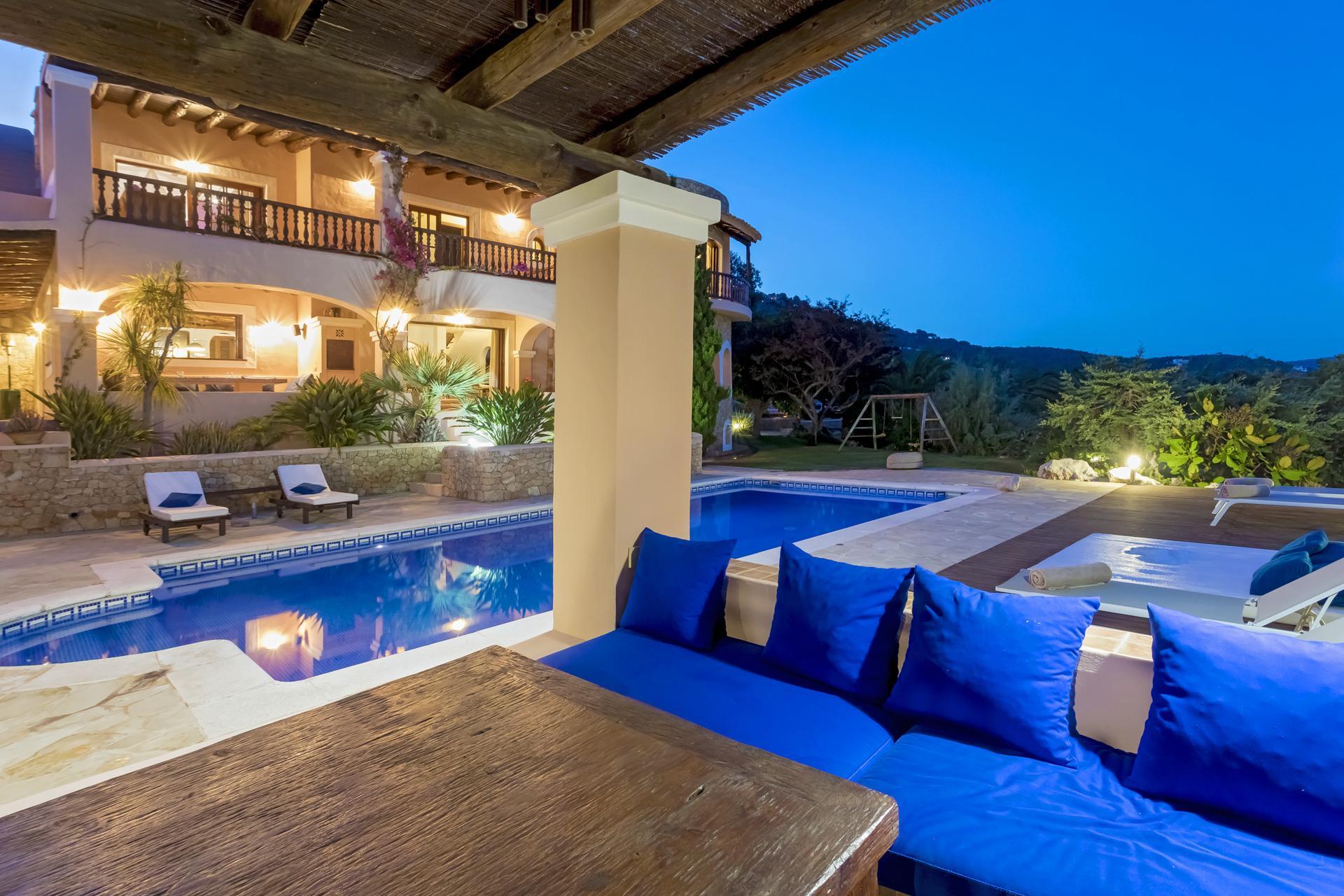 Apartment Villa Cas Berris  Lujo y Vista mar en Es Cubells photo 17644659