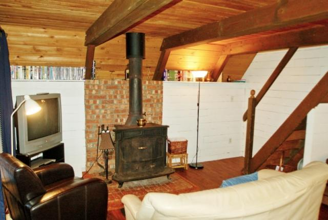 Mt. Baker Lodging Cabin #86 – RUSTIC, WOODSTOVE, BBQ, PETS OK, W/D, SLEEPS-6! photo 60870