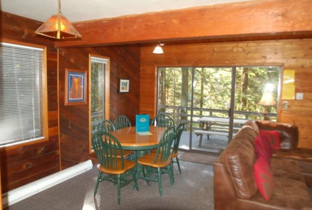Mt. Baker Lodging Cabin #26 – HOT TUB, WIFI, GAMESROOM, BBQ, SLEEPS-8! photo 59686