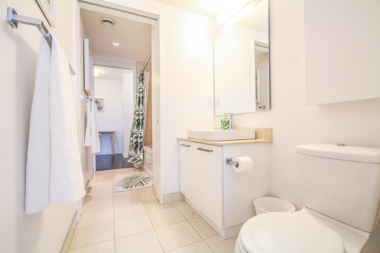 2BR-1.5BATH Suite #00121000 photo 11559494