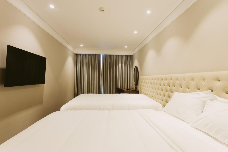2 Bedroom (Altara Suites) - BEST DEAL! photo 18316100