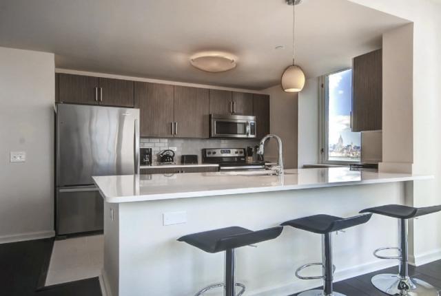 Luxury Apartments at Newport photo 53308