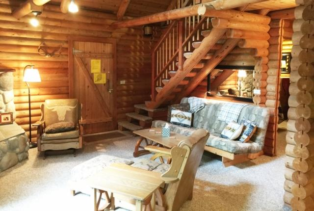 Mt. Baker Lodging Cabin #17 – REAL LOG CABIN, BBQ, PETS OK, SLEEPS-8! photo 59482