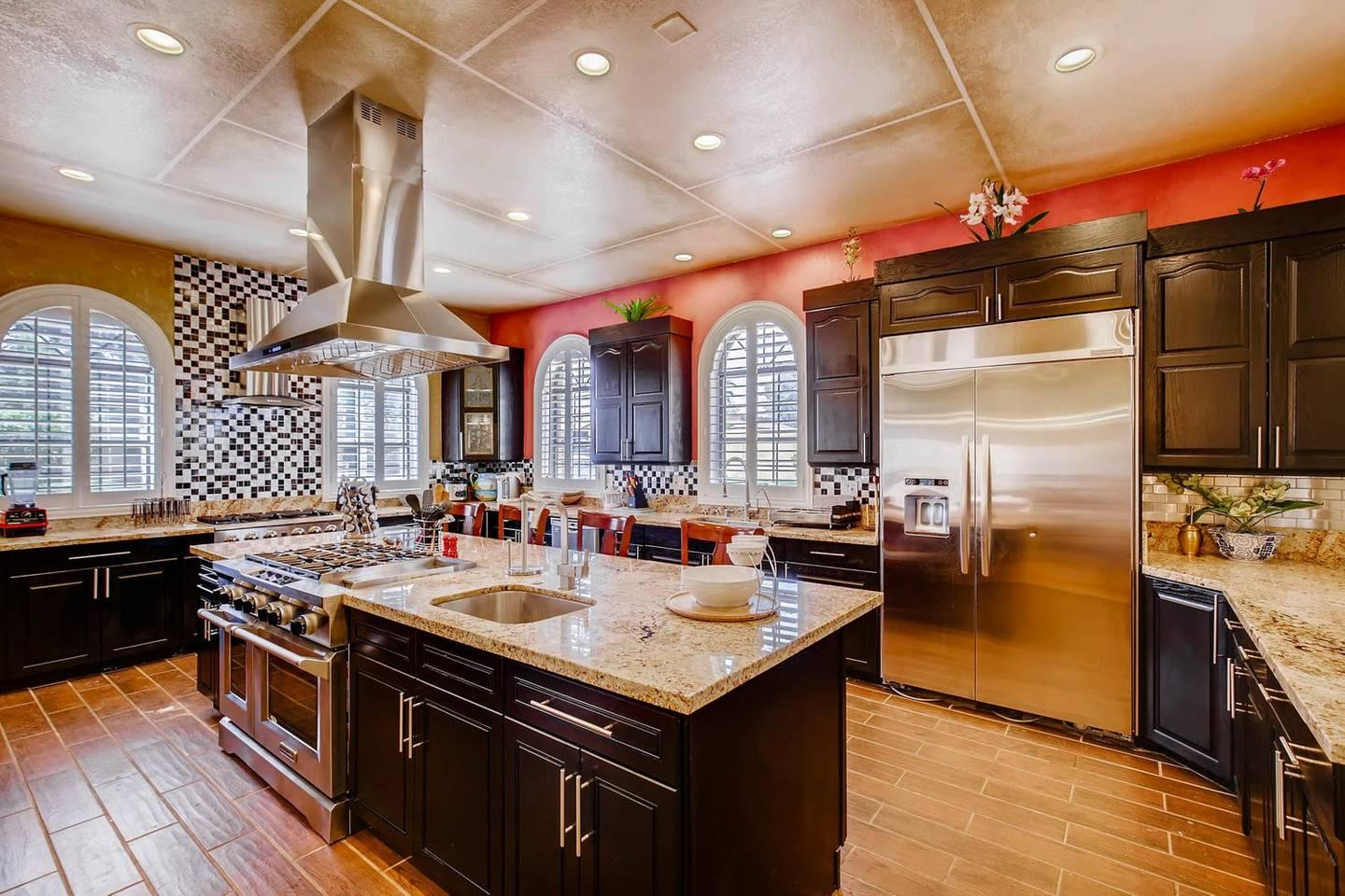 12Bd 13Ba Private Resort, One Of A Kind. photo 26209737