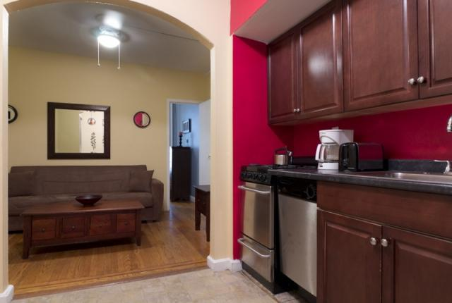 Central 1 Bedroom in Midtown East photo 51165