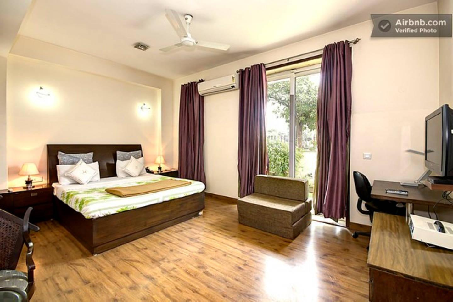 Apartment 2 BHK Serviced Apartment Cyber Park  Perch  photo 31767968